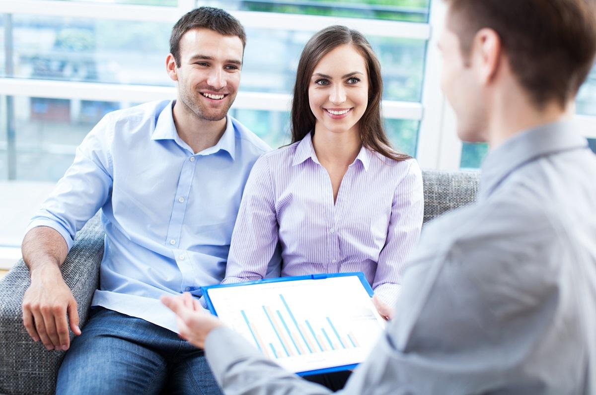 Couple getting loan